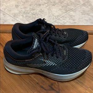 Brooks DNA AMP running shoe